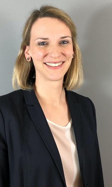 Dorothee Bührer